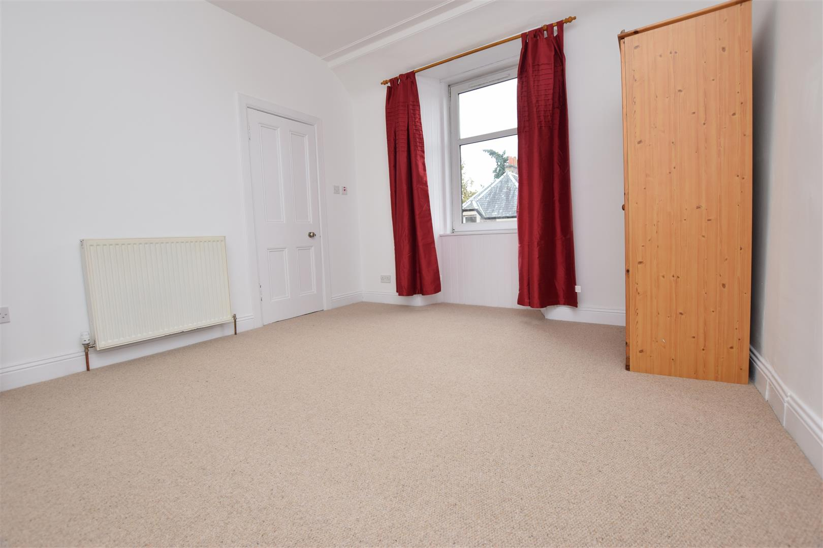 1, Lodge Street, Crieff, Perthshire, PH7 4DW, UK